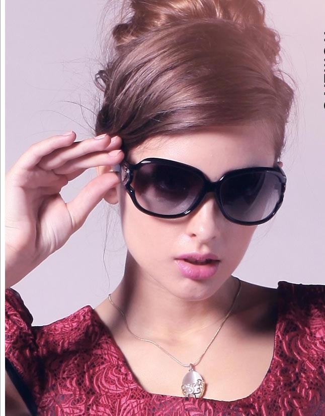 T2CqTyXlXXXXXXXXXX   705752021 عینک دودی بولگاری زنانه با جنس لنز از شيشه bvlgari