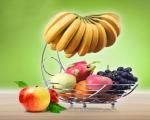 خرید پستی  سبد میوه با آویز موز